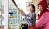 Puisi Cinta Gadis Pemakan Tempe Orek - Norman Adi Satria copy