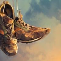 Sepasang Sepatu Tua - Puisi Sapardi Djoko Damono