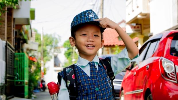 Puisi Pertama Kali Masuk Sekolah - Jangan Sampai Anak Kita Dengar - Norman Adi Satria
