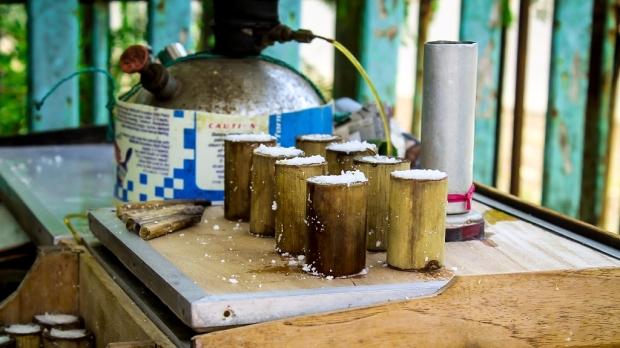 Sajak Kue Putu Nging dan Hening - Norman Adi Satria