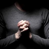 Dalam Doa: I (Malam sibuk di luar suara) - Puisi Sapardi Djoko Damono