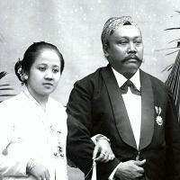 Kegalauan R.A. Kartini - Oleh: Norman Adi Satria