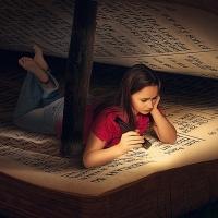Iblis dan Kitab Suci - Puisi Norman Adi Satria